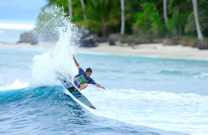 Telo and nias Surfing Mentawai