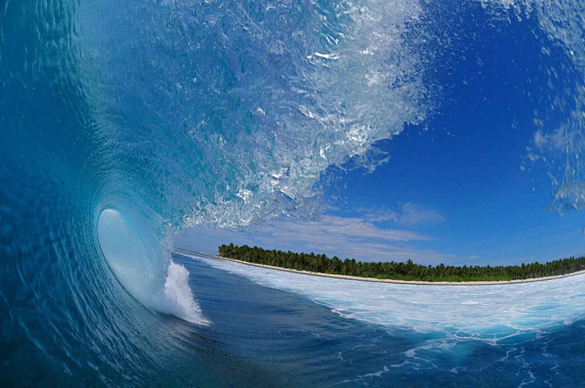 ola_tubo_surfingmentawai